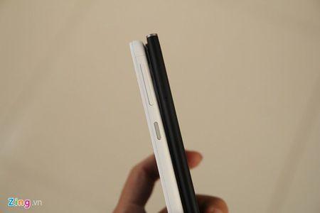 So sanh 2 smartphone tam gia 6 trieu vua ban o VN - Anh 4