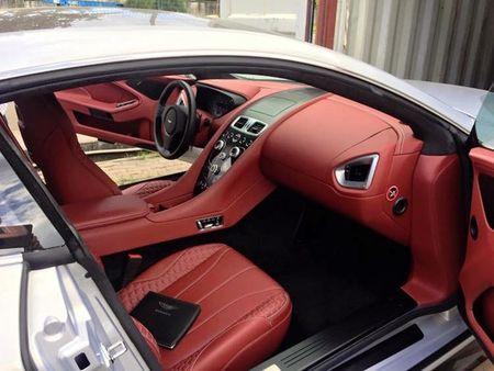 Chi tiet sieu xe Aston Martin Vanquish dau tien ve Viet Nam - Anh 4