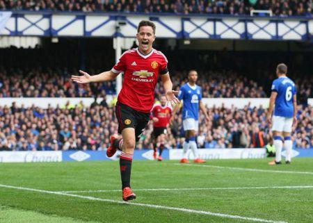 Goc Man United: Khong su dung Herrera la toi ac - Anh 1
