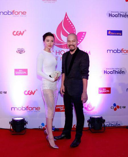 NTK Duc Hung sanh doi A hau Tra Giang tren tham do - Anh 5