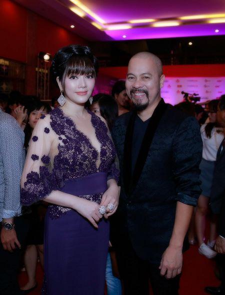 NTK Duc Hung sanh doi A hau Tra Giang tren tham do - Anh 6