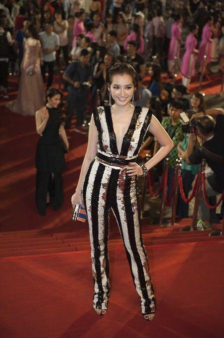 LHP Viet Nam 2015: Kim Ly – Truong Ngoc Anh sanh doi, Tran Bao Son le bong - Anh 6