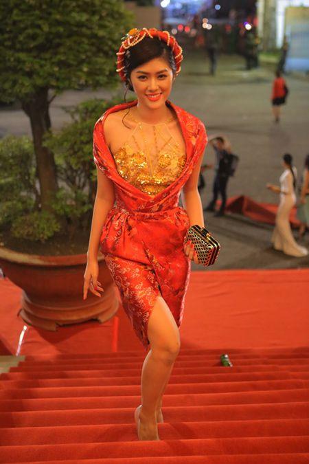 Cuu ca si TVB Hong Kong bat ngo tham du LHP Viet Nam 2015 - Anh 4