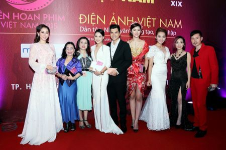 Cuu ca si TVB Hong Kong bat ngo tham du LHP Viet Nam 2015 - Anh 7