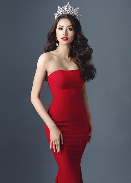 Hoa hau Pham Huong lay gi de hy vong thanh tich cao? - Anh 1