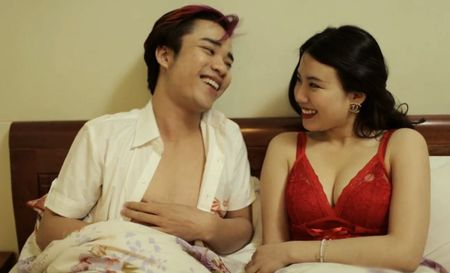 Hot girl Linh Miu ke chuyen tinh voi ban trai ngheo - Anh 1