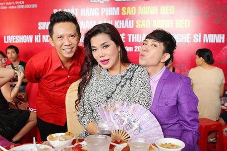 Minh Beo tu tin do dang ben Le Thi Phuong - Anh 8