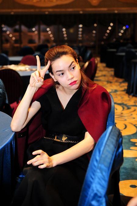 Ha Ho tat bat chi dao trong vai tro doanh nhan - Anh 8