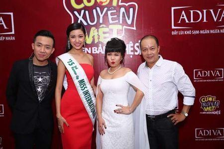 A hau 3 Hoa hau quoc te Thuy Van bat ngo ngoi ghe nong Cuoi xuyen Viet - Anh 2