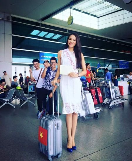 Hoa hau Pham Huong len duong du Hoa hau Hoan vu The gioi 2015 - Anh 2