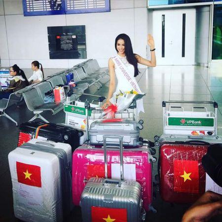 Hoa hau Pham Huong len duong du Hoa hau Hoan vu The gioi 2015 - Anh 4