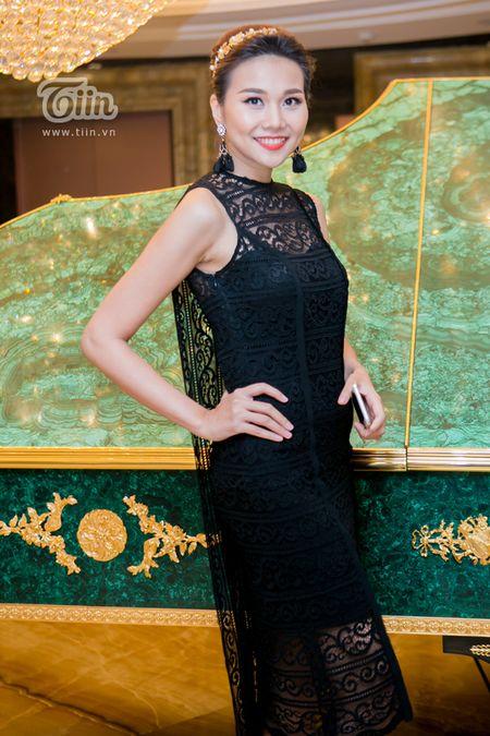 Loat sao Viet den chuc mung Ha Ho khai truong tham my vien - Anh 5