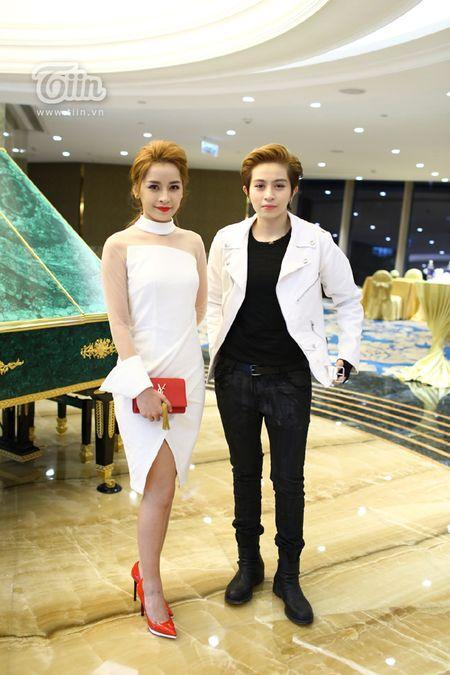 Loat sao Viet den chuc mung Ha Ho khai truong tham my vien - Anh 7
