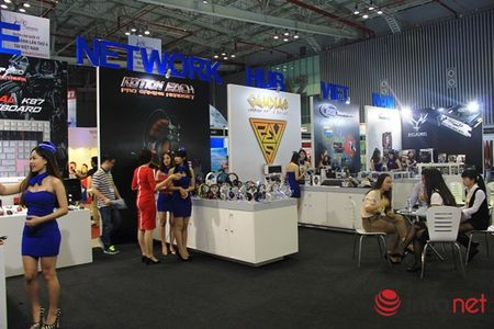Doanh nghiep noi tim co hoi hop tac tai Hoi cho VIETNAM EXPO 2015 - Anh 2