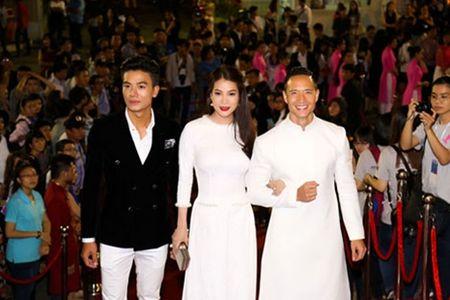 Truong Ngoc Anh – Kim Ly 'khoe sac' tai tham do - Anh 2