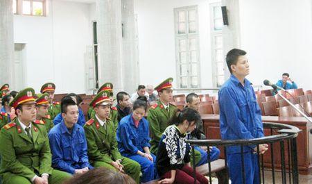 Dieu tra bo sung vu mua ban trai phep chat ma tuy o ho Thanh Cong - Anh 1