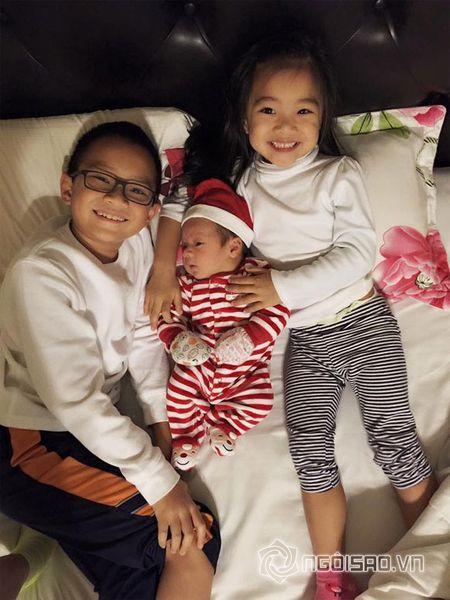 Con trai moi sinh nha Hong Ngoc cuc khau khinh va dang yeu - Anh 2