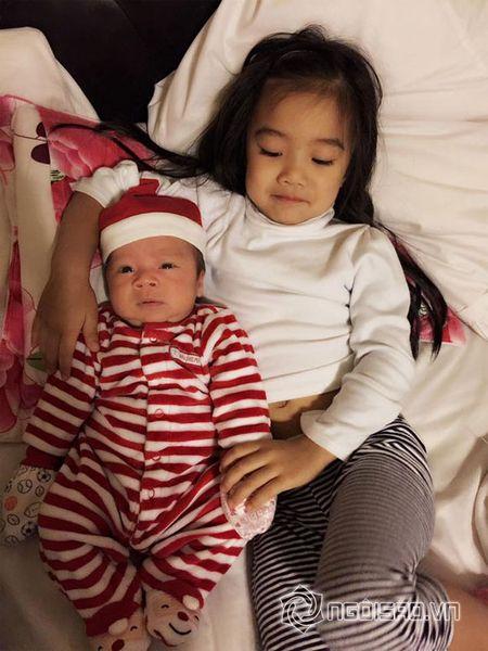 Con trai moi sinh nha Hong Ngoc cuc khau khinh va dang yeu - Anh 3