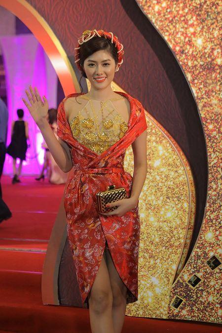 Cuu ca si TVB bat ngo tham du LHP Viet Nam - Anh 5