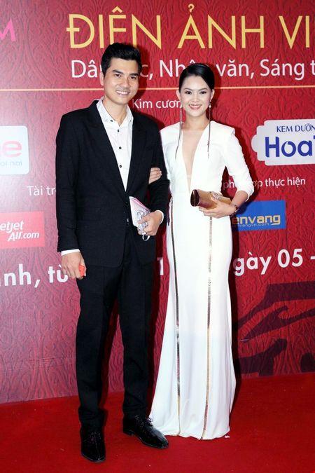 Cuu ca si TVB bat ngo tham du LHP Viet Nam - Anh 7