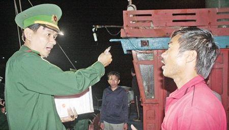 Thu pham ban chet ngu dan o Truong Sa la nguoi Philippines? - Anh 1