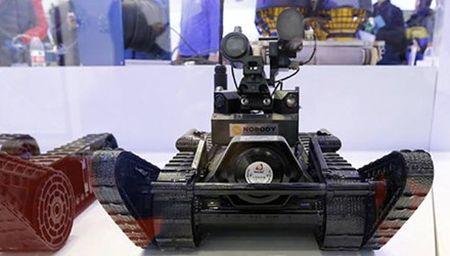 Trung Quoc chong khung bo bang robot - Anh 1