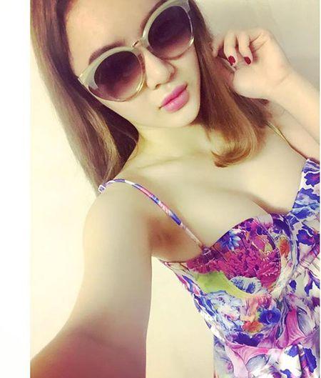 Phuong Trang lien tuc ho bao vuot mat Angela Phuong Trinh - Anh 10