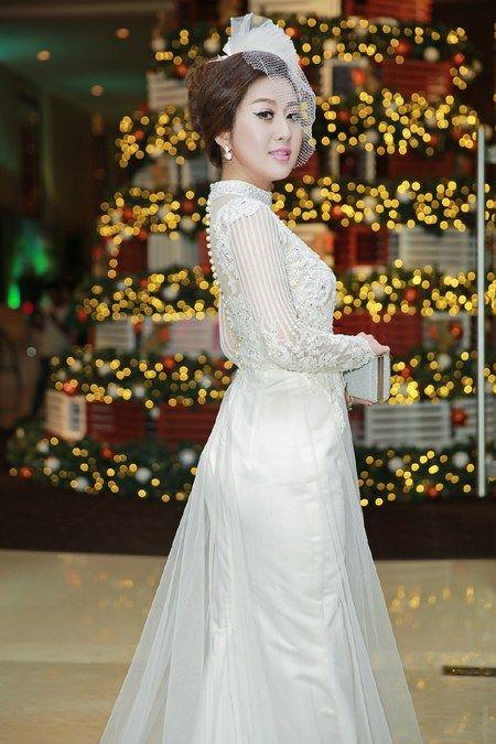 MC Kim Trang ngay cang toa sang rang ngoi - Anh 3