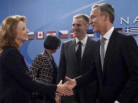NATO moi Montenegro gia nhap, Nga canh bao ngung hop tac - Anh 1
