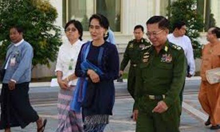 Ba Aung San Suu Kyi va Tong thong Thein Sein hoi dam kin de chuyen giao quyen luc - Anh 1