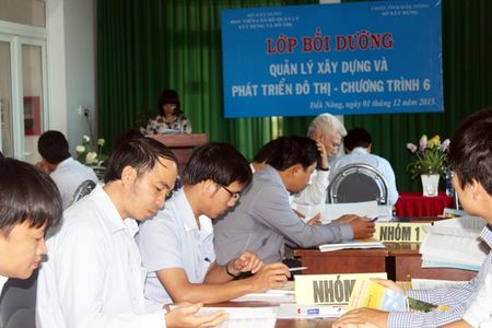 Hoc vien AMC khai giang Khoa Boi duong nang cao nang luc cho lanh dao So Xay dung, So Giao thong tinh Dak Nong - Anh 2
