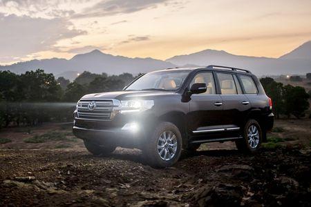 Toyota Viet Nam gioi thieu Land Cruiser 2015 - gia ban 2,825 ty dong - Anh 13