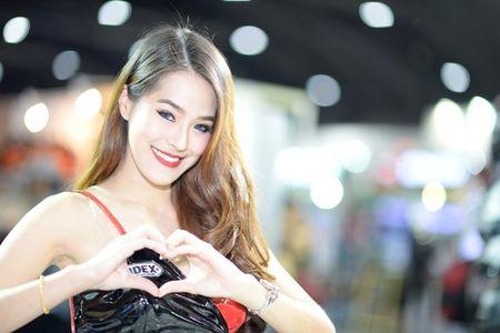 Nguoi dep Thai quyen ru tai Motor Expo 2015 - Anh 10