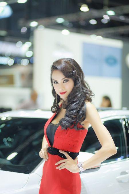 Nguoi dep Thai quyen ru tai Motor Expo 2015 - Anh 5