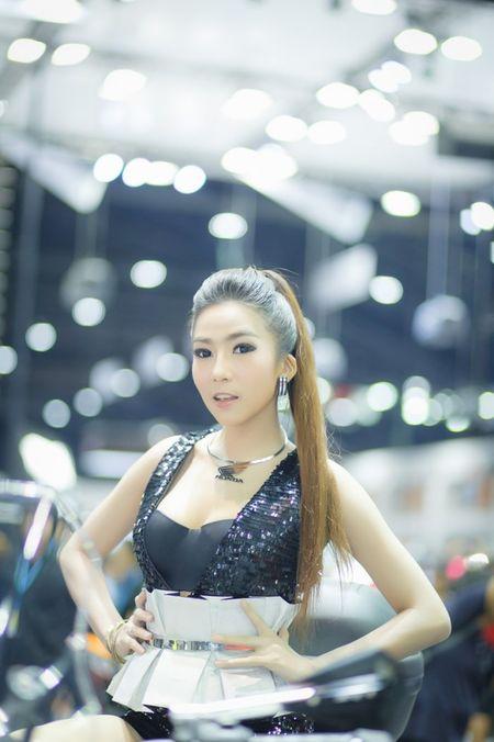 Nguoi dep Thai quyen ru tai Motor Expo 2015 - Anh 6