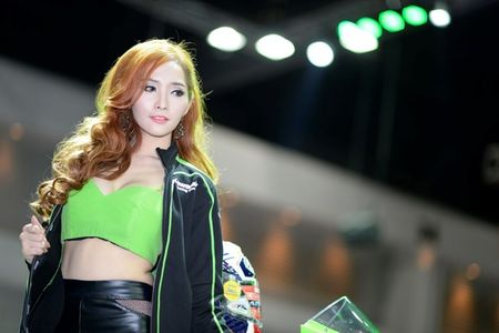 Nguoi dep Thai quyen ru tai Motor Expo 2015 - Anh 9