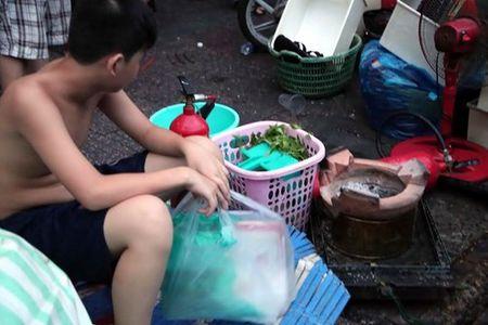 Xom ngheo Cau Ong Lanh tan hoang sau dam chay - Anh 9