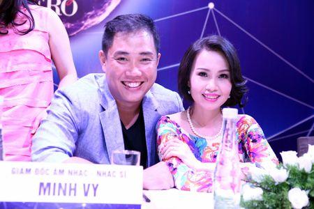 "Dan Truong, Cam Ly, Quang Linh, Quang Dung cung ngoi ghe nong ""Than tuong Bolero"" - Anh 2"