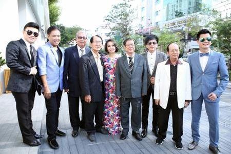 "Dan Truong, Cam Ly, Quang Linh, Quang Dung cung ngoi ghe nong ""Than tuong Bolero"" - Anh 3"