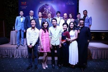 "Dan Truong, Cam Ly, Quang Linh, Quang Dung cung ngoi ghe nong ""Than tuong Bolero"" - Anh 9"