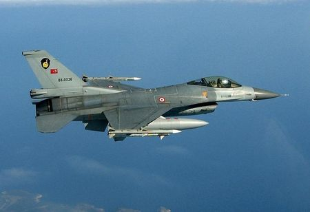 Suc manh khung khiep ten lua AIM-9X tieu diet muc tieu trong 35km - Anh 2