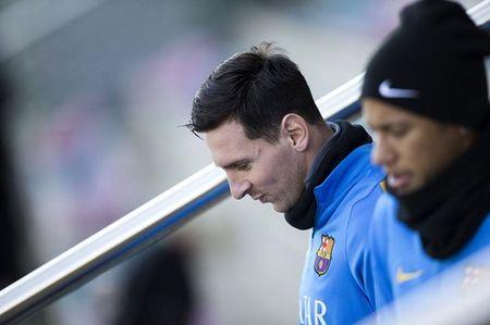 Messi va Ronaldo cung nhau nghi ngoi tai Cup nha Vua TBN - Anh 1