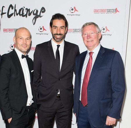 Vo chong Beckham tich cuc tham gia phong chong AIDS - Anh 2