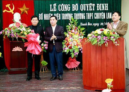 Truong THPT chuyen Lam Son co hieu truong moi - Anh 3