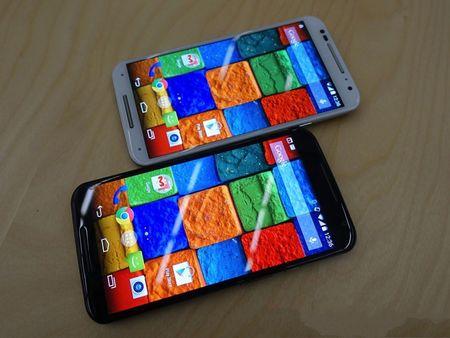 Tren tay smartphone vo go cua Motorola vua duoc ban ra tai Viet Nam - Anh 10