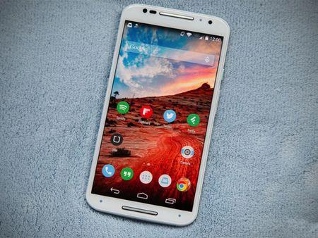 Tren tay smartphone vo go cua Motorola vua duoc ban ra tai Viet Nam - Anh 11