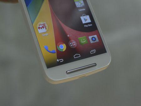 Tren tay smartphone vo go cua Motorola vua duoc ban ra tai Viet Nam - Anh 16