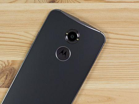 Tren tay smartphone vo go cua Motorola vua duoc ban ra tai Viet Nam - Anh 24