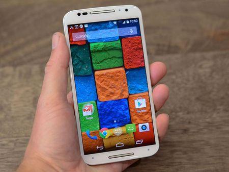 Tren tay smartphone vo go cua Motorola vua duoc ban ra tai Viet Nam - Anh 9