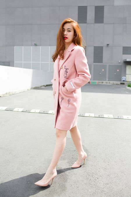 """Dien street style mua dong """"chat lu"""" nhu Hoang Thuy Linh - Anh 7"""